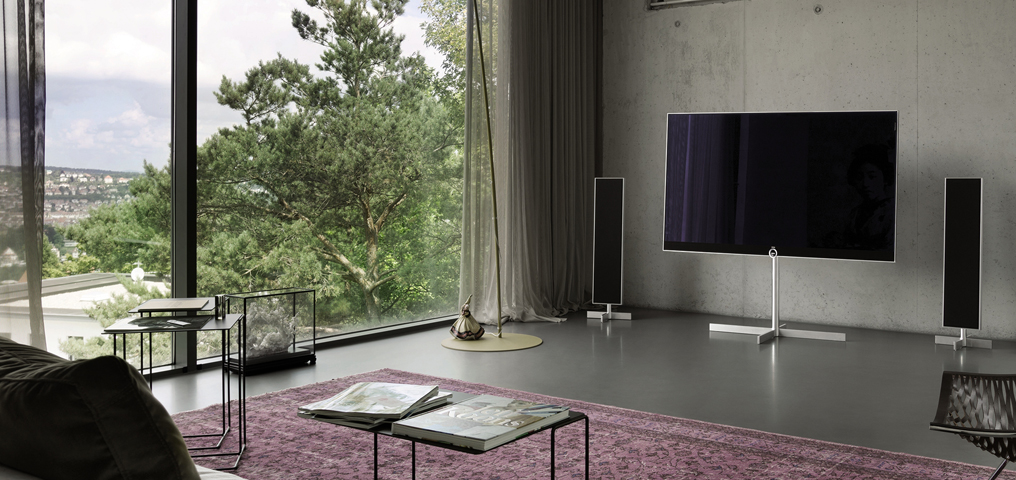 loewe 60 tv hos loewe gallery frederikshavn. Black Bedroom Furniture Sets. Home Design Ideas